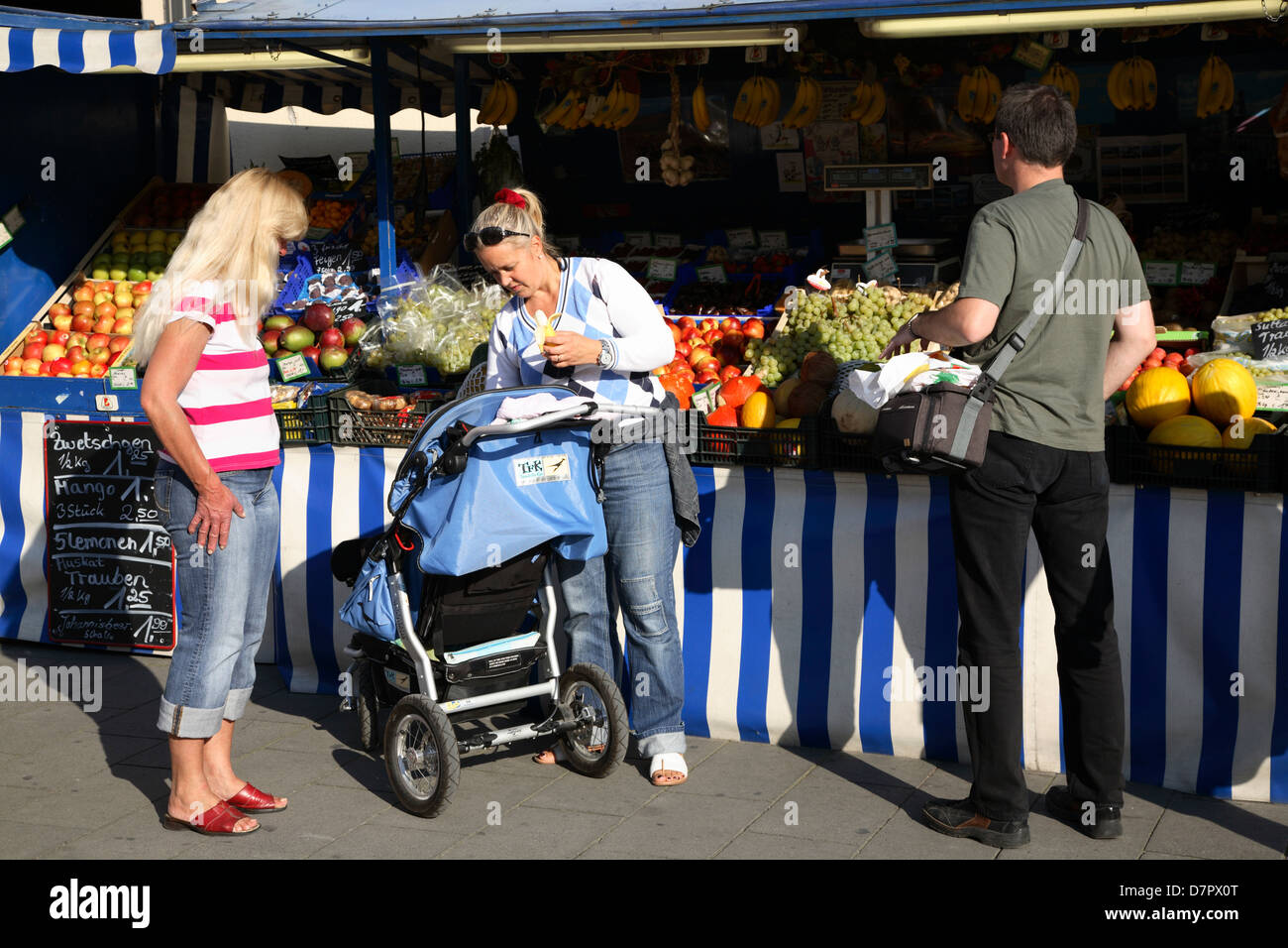 Fruit stall at Leopoldstrasse, Munich, Bavaria, Germany - Stock Image