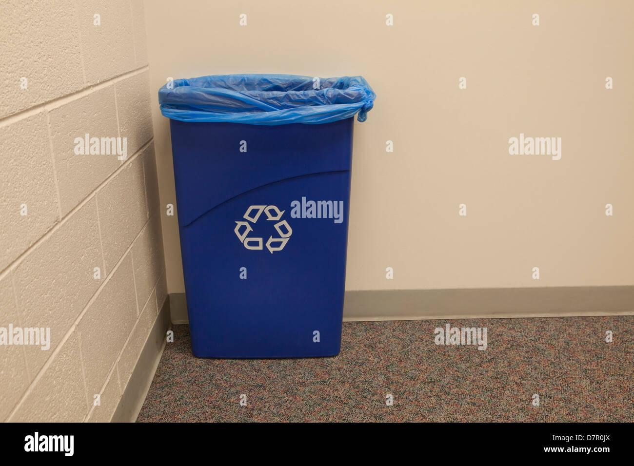 Office recycling bin - Stock Image