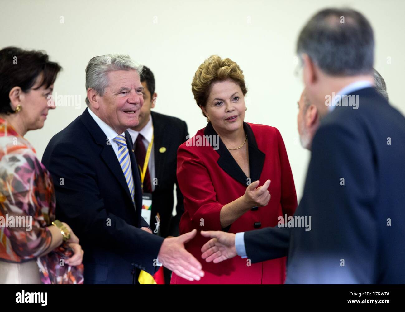 German president joachim gauck and brazilian president dilma vana german president joachim gauck and brazilian president dilma vana rousseff c greet the ministers and members of their delegations before the start of a m4hsunfo