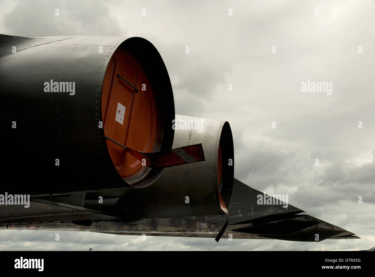 vulcan bomber wing and engines from rear farnborough air show - Stock Image