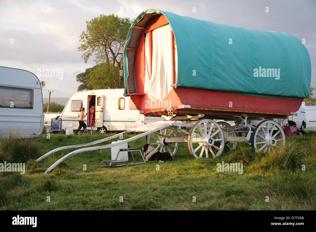 A bow top wagon at the Appleby Fair, an annual gathering of the Gypsy and Traveller communities from the UK and Stock Photo