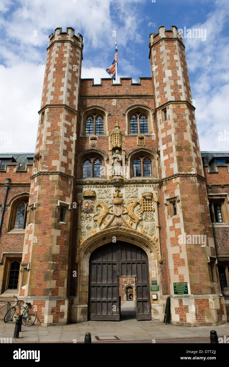 Cambridge University UK St Johns College Great Gate entrance HOMER SYKES Stock Photo