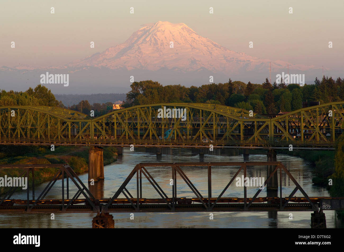 Puyallup River Stock Photos & Puyallup River Stock Images - Alamy