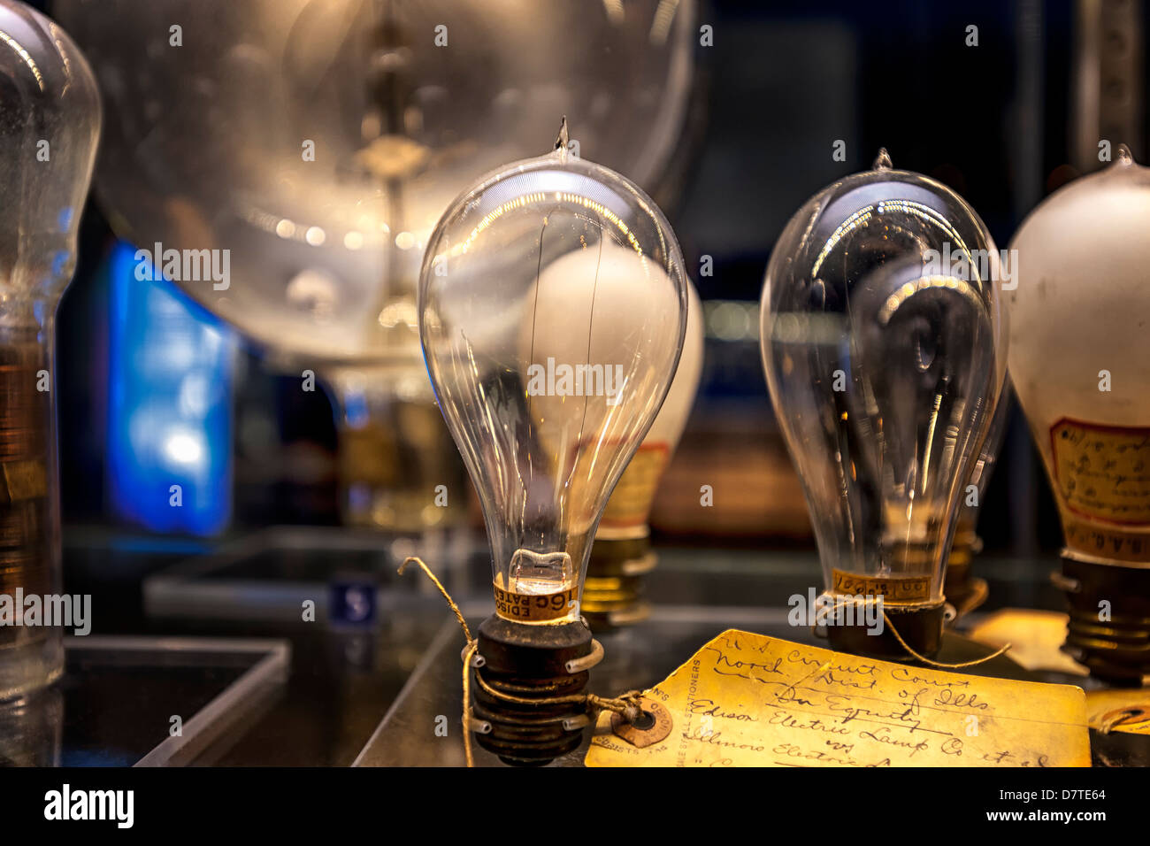 Thomas Edison Light bulbs with hand written lab notes. On display at the Museum of Science and Industry - Stock Image
