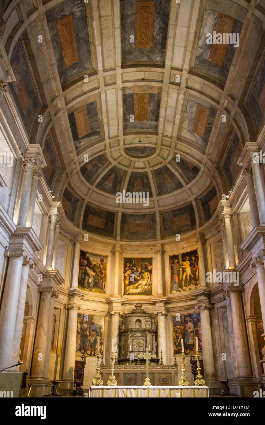 Interior of chapel, Jeronimos Monastery, UNESCO World Heritage Site, Lisbon, Portugal - Stock Image