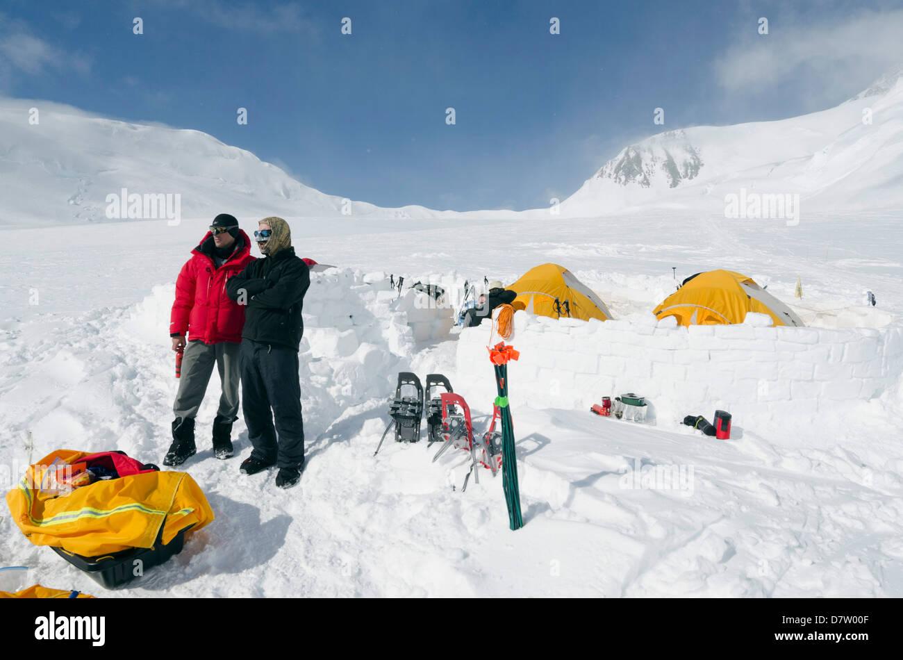 Camp 2, climbing expedition on Mount McKinley, 6194m, Denali National Park, Alaska, USA - Stock Image