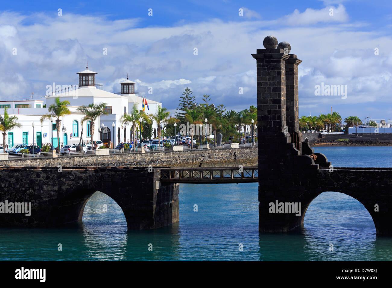 Las Bolas Bridge, Arrecife, Lanzarote Island, Canary Islands, Spain, Atlantic - Stock Image