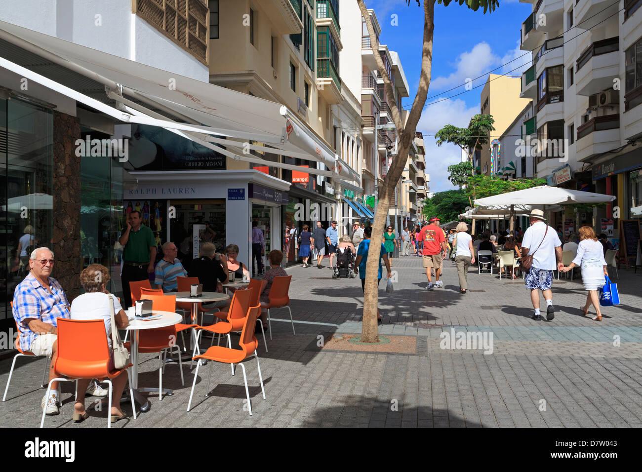 Cafe on Calle Leon Castillo, Arrecife, Lanzarote Island, Canary Islands, Spain - Stock Image