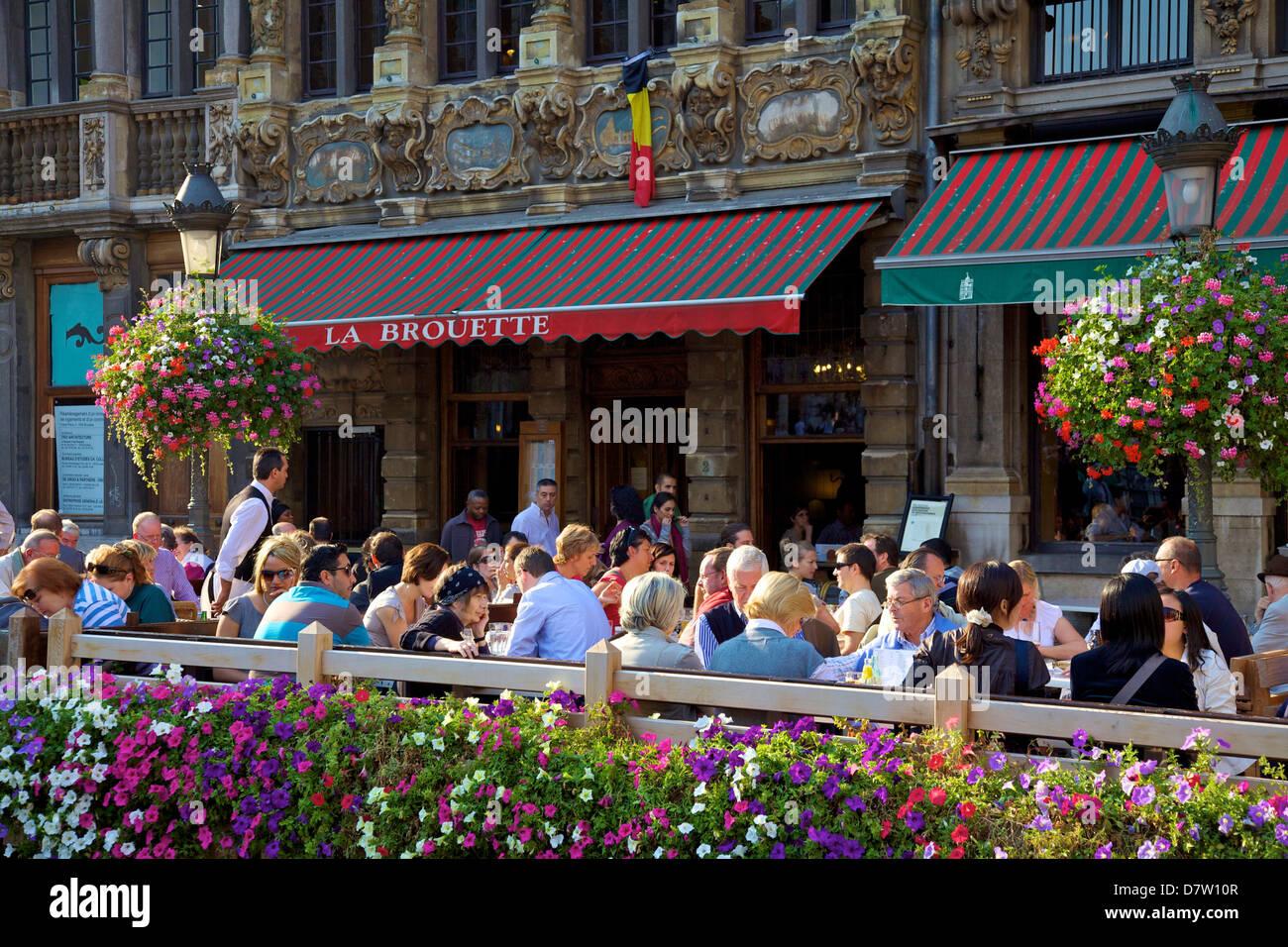 Restaurant, Grand Place, UNESCO World Heritage Site, Brussels, Belgium - Stock Image