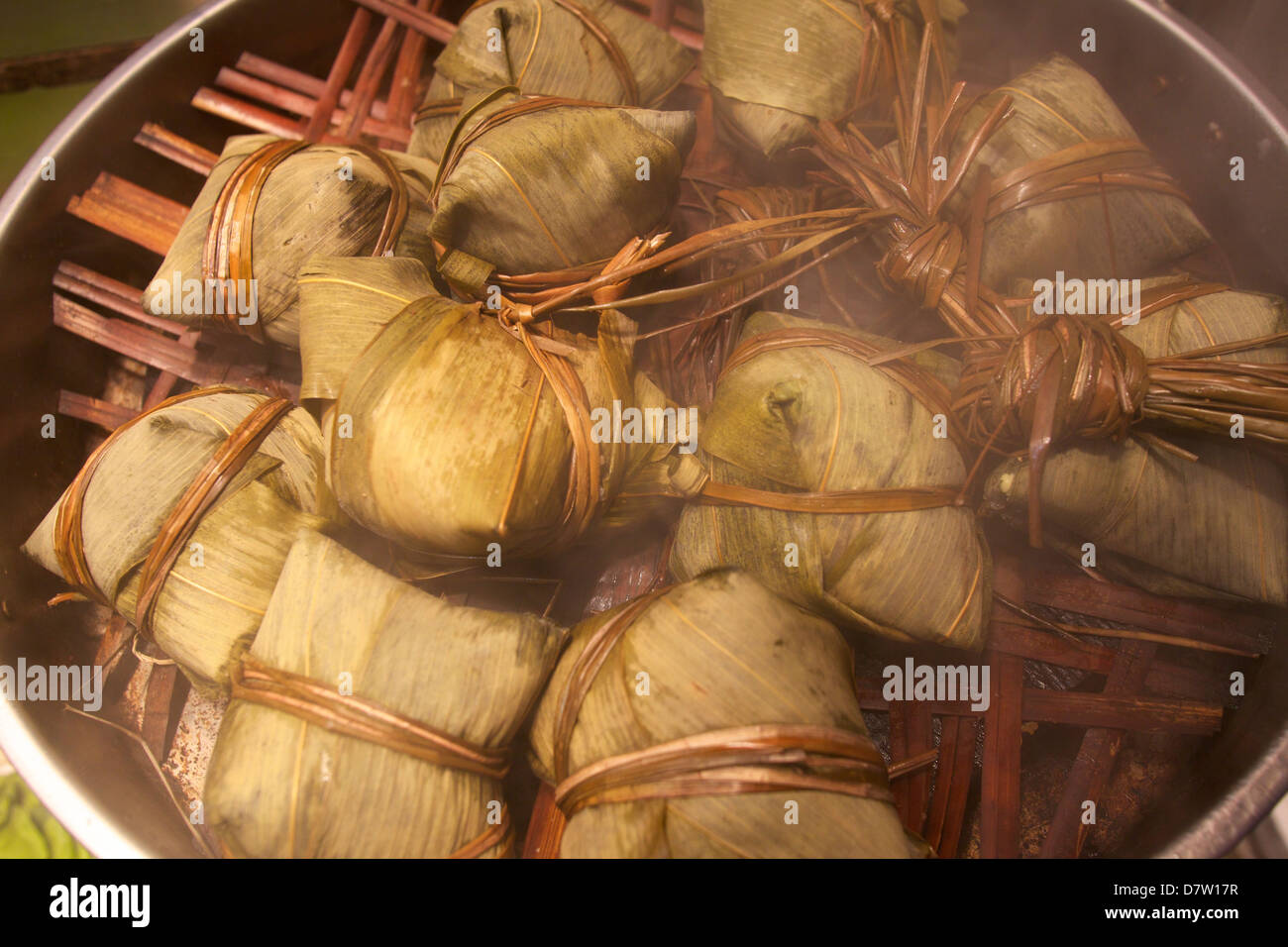 Steamed rice dumpling in lotus leaf, Hong Kong, China Stock Photo