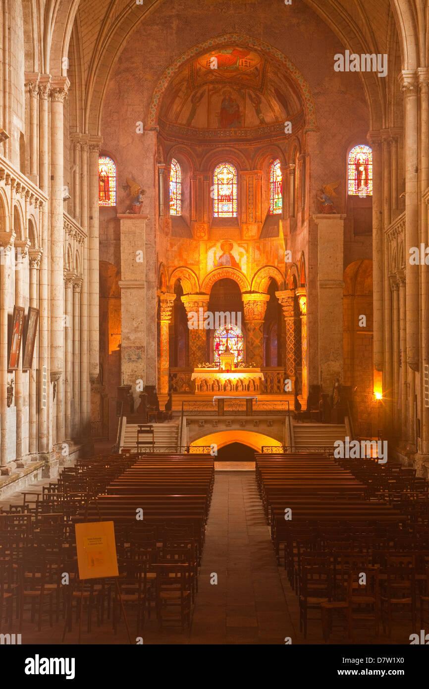 Eglise Sainte Radegonde, Poitiers, Vienne, Poitou-Charentes, France Stock Photo