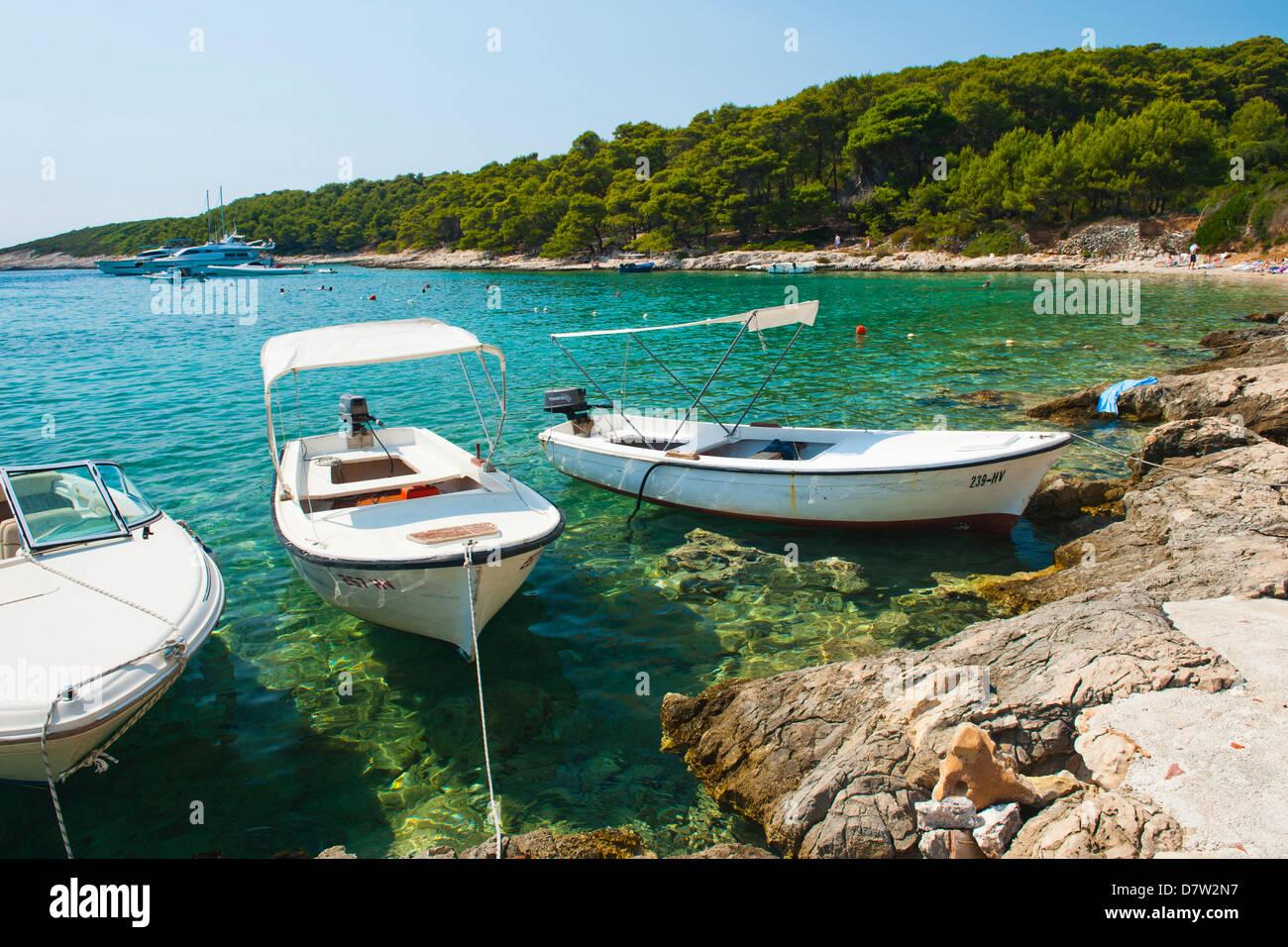Boats in the Pakleni Islands (Paklinski Islands), Dalmatian Coast, Adriatic Sea, Croatia - Stock Image