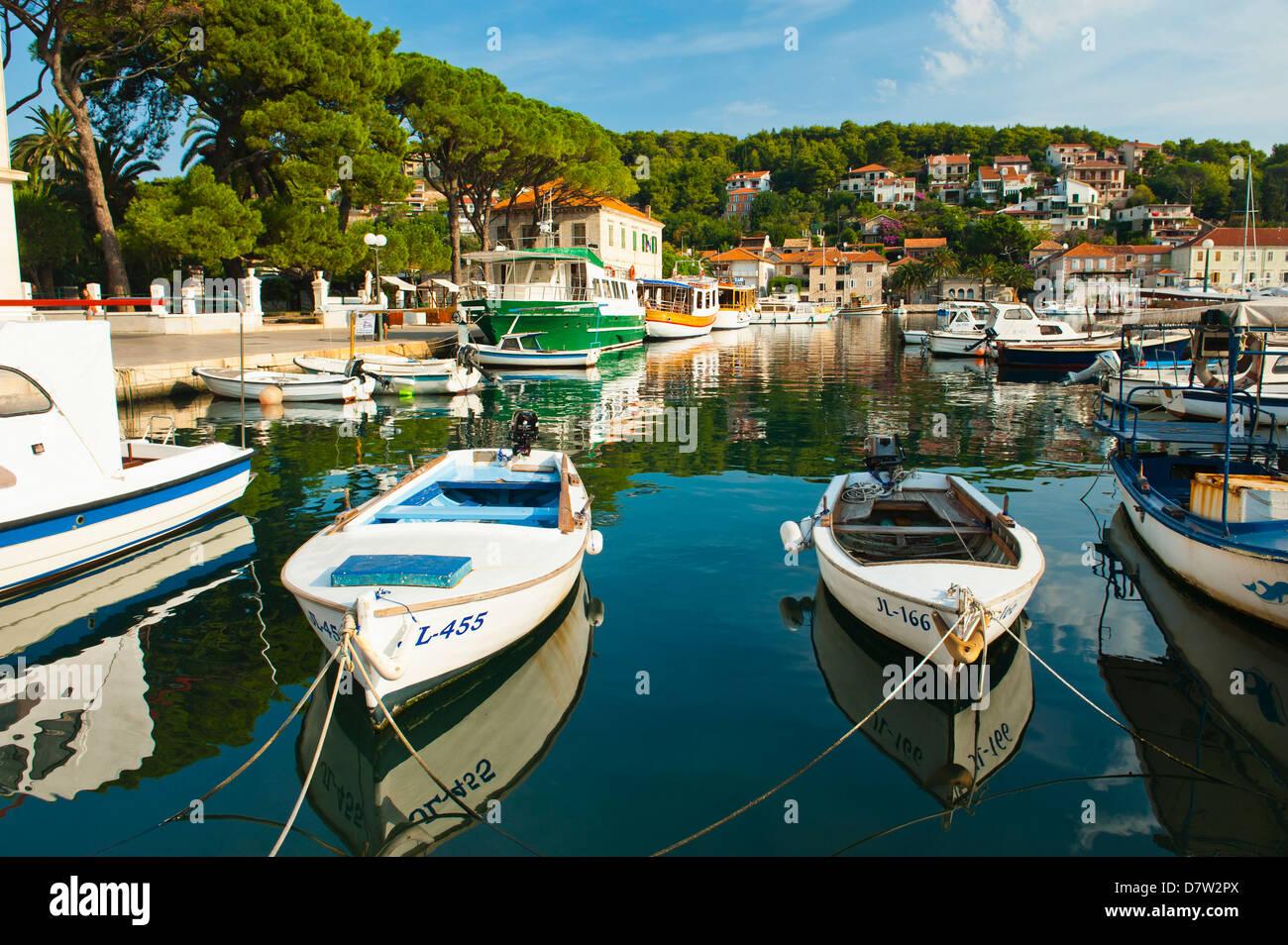 Jelsa Harbour on Hvar Island, Dalmatian Coast, Adriatic, Croatia - Stock Image