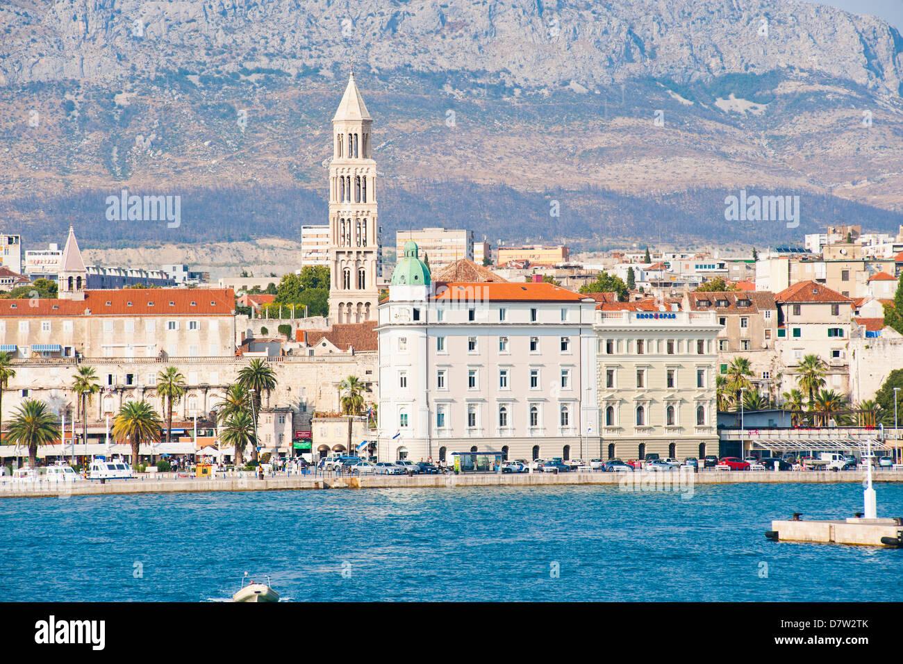 Cathedral of St. Domnius (Katedrala Svetog Duje) rising above Split, Dalmatian Coast, Adriatic, Croatia - Stock Image
