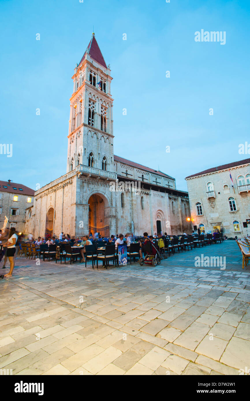 Cathedral of St. Lawrence at night, Trogir, UNESCO World Heritage Site, Dalmatian Coast, Croatia - Stock Image