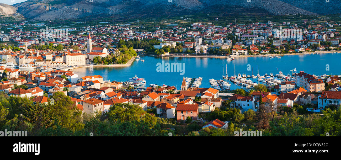 The Cathedral of St. Lawrence and the harbour at sunrise, Trogir, UNESCO World Heritage Site, Dalmatian Coast, Adriatic, - Stock Image