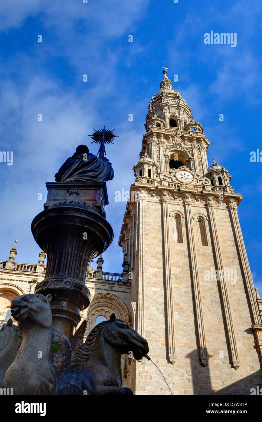 Cathedral and fountain in Praterias Plaza, Santiago de Compostela, UNESCO World Heritage Site, Galicia, Spain Stock Photo
