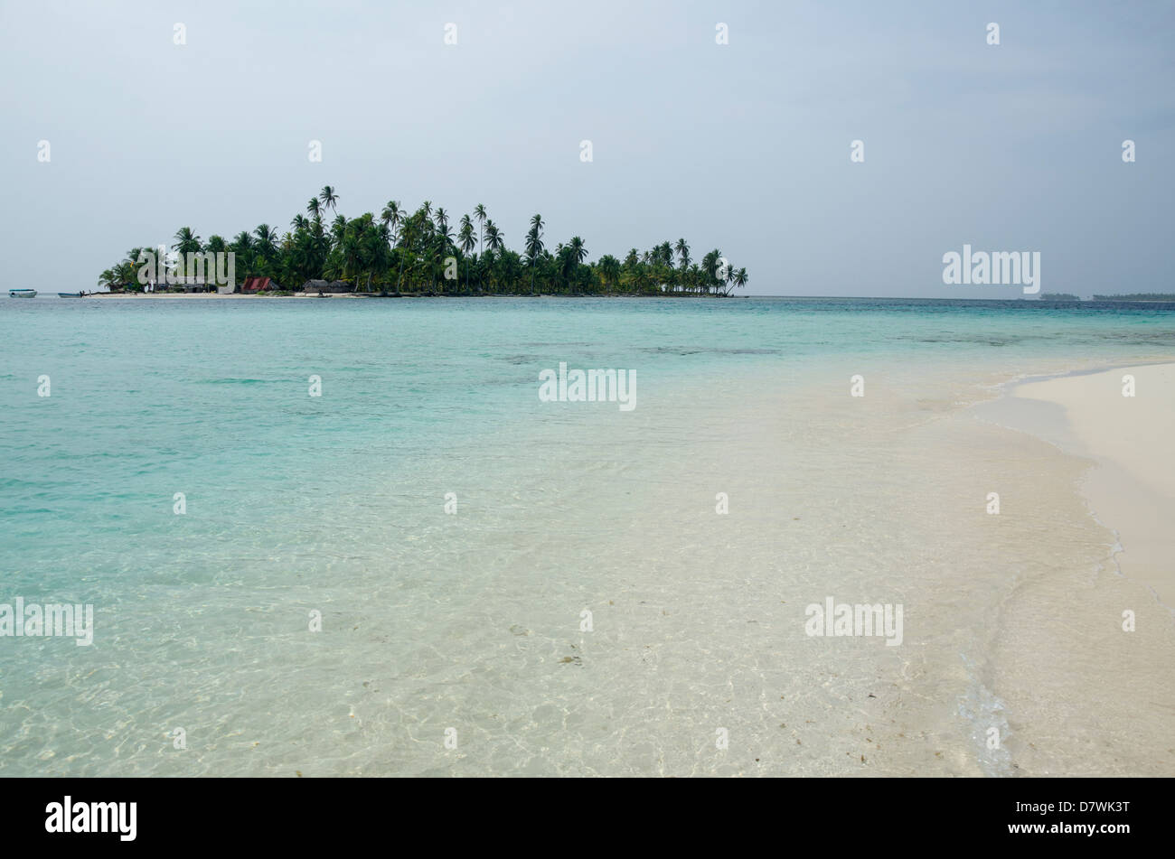 Distant  islands and Beach, San Blas Islands - Stock Image