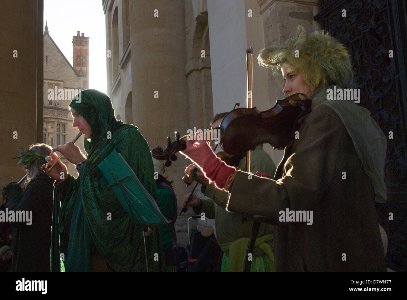 Musicians playing folk music May Morning Oxford Oxfordshire UK  HOMER SYKES - Stock Image