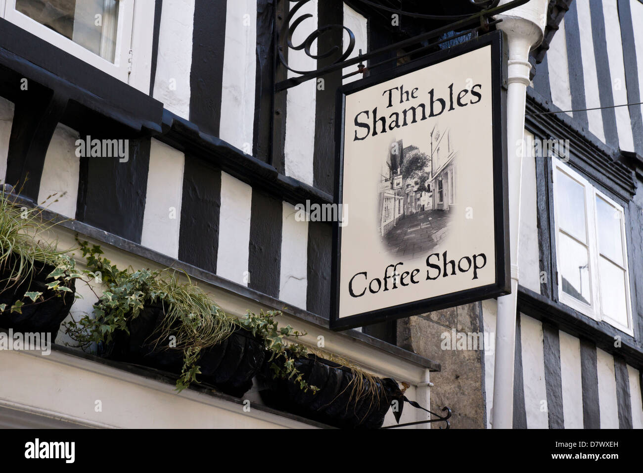 https://c8.alamy.com/comp/D7WXEH/the-shambles-coffee-shop-bradford-on-avon-a-small-town-in-wiltshire-D7WXEH.jpg