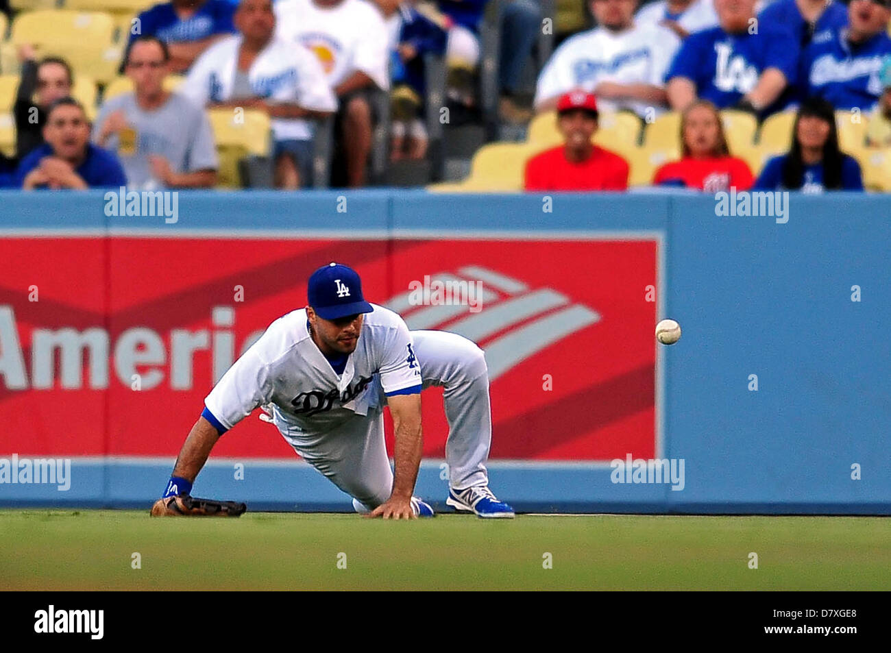 Los Angeles, CA. USA. May 14, 2013. Los Angeles Dodgers right fielder Andre Ethier #16 slides and is unable to make Stock Photo