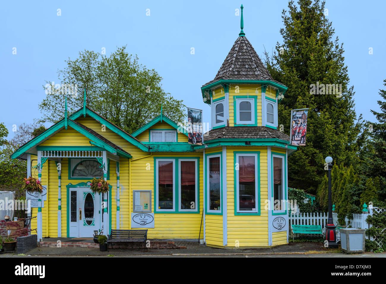 Twisted Sisters Tea room, , Chemainus, British Columbia, Canada - Stock Image