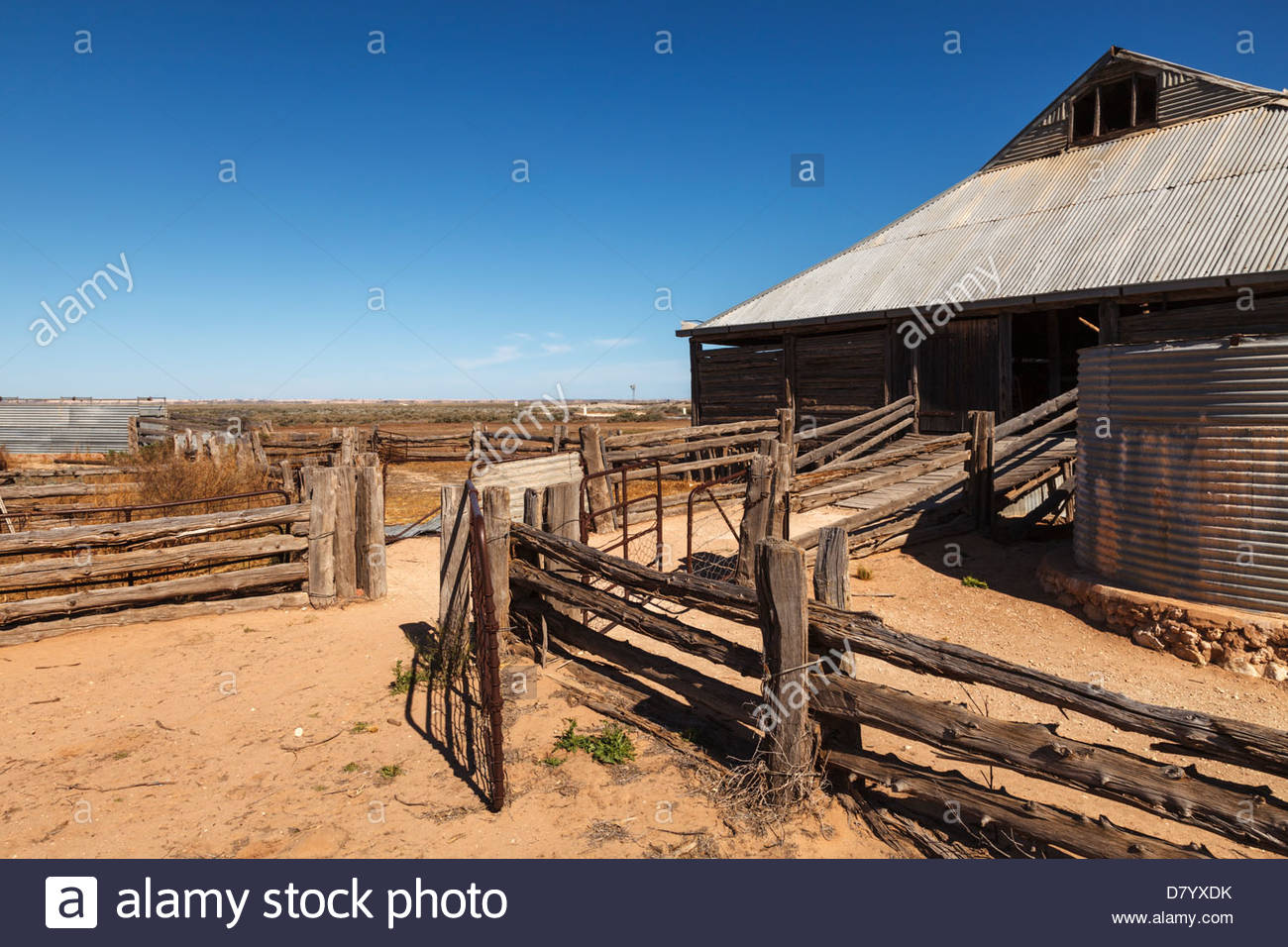 Mungo Woolshed, Mungo National Park, Outback New South Wales, Australia - Stock Image
