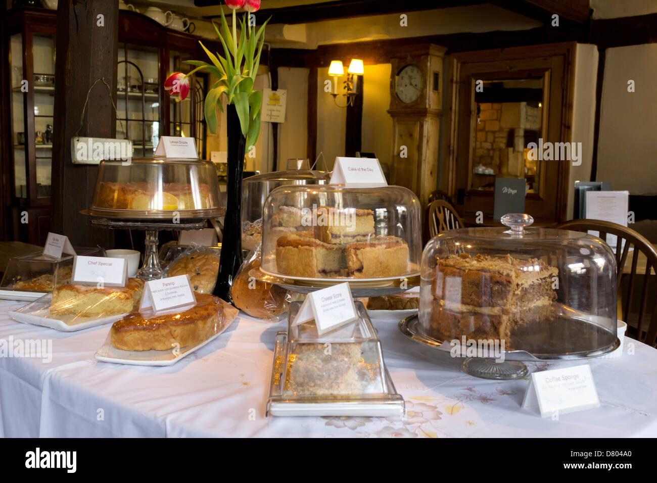 Cakes in Cotswold Tea Room - Stock Image