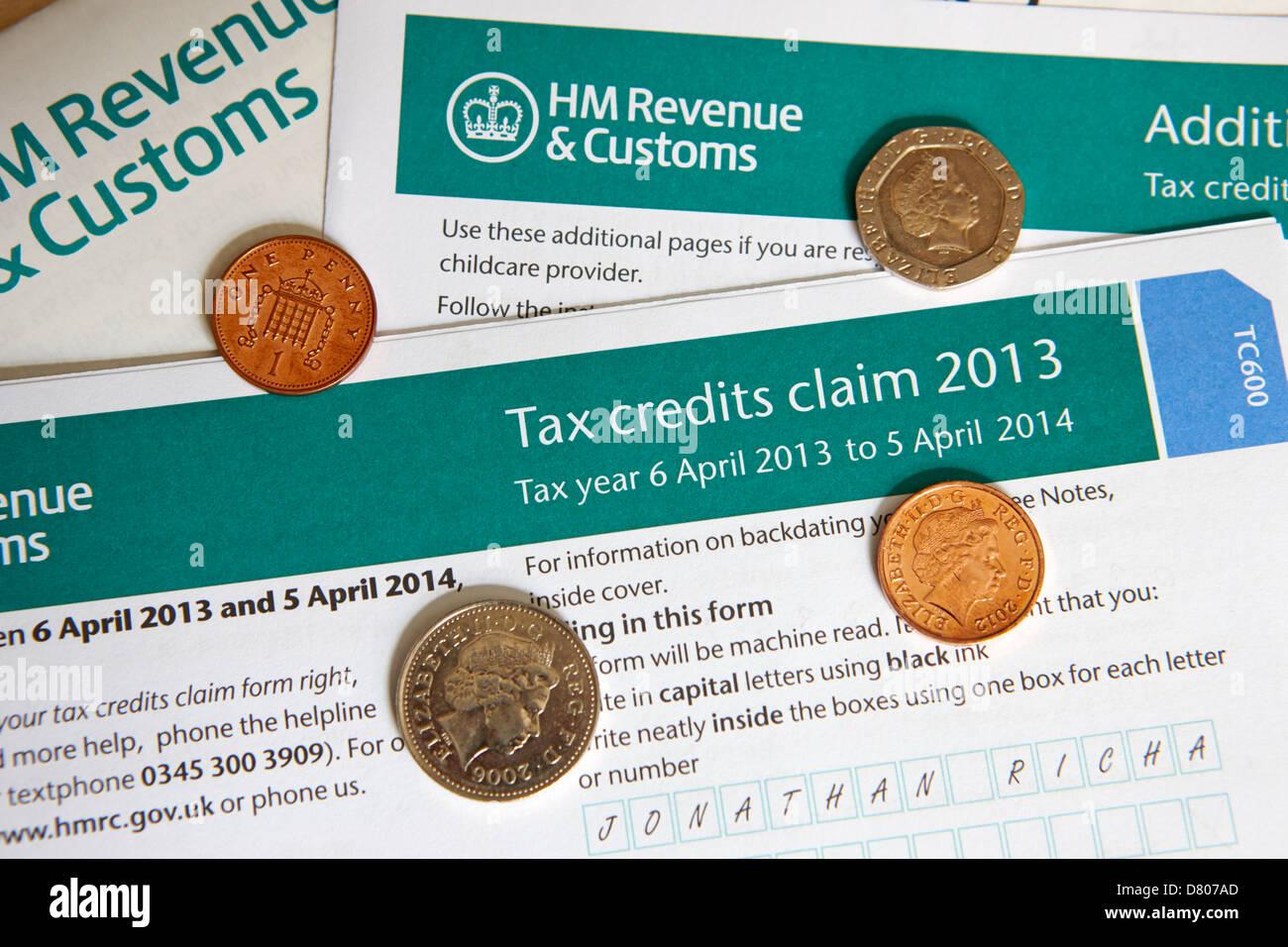 hmrc tax credits claim form - Stock Image