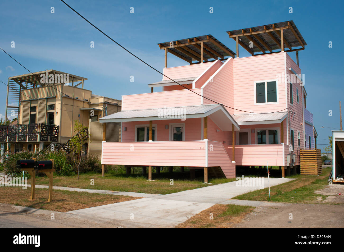 New energy efficient homes built in New Orleans, LA, after Hurricane Katrina as part of the 'Make It Right' - Stock Image