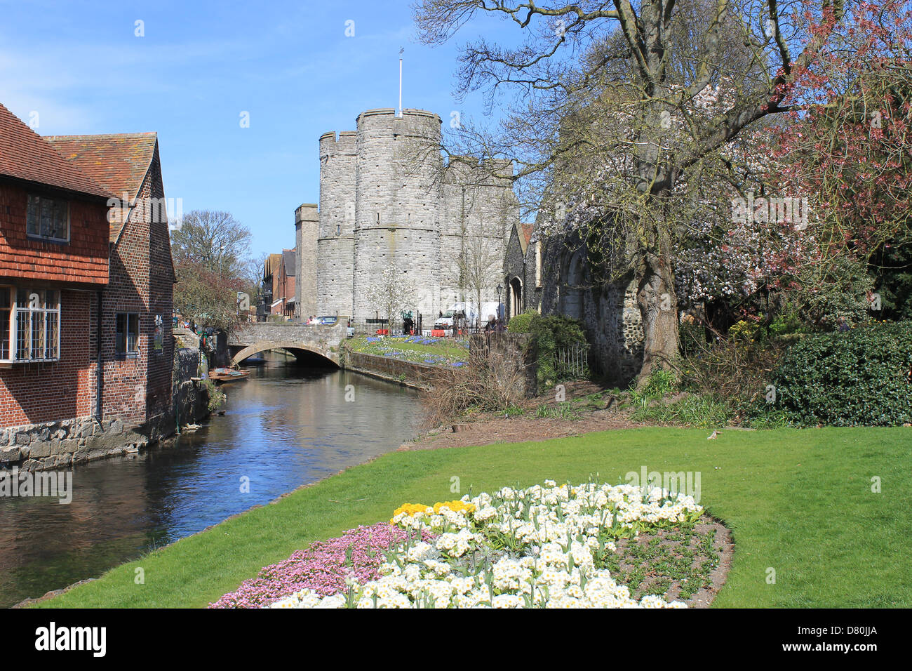 Westgate Garden and the River Stour, Westgate Archway and Museum, Canterbury, Kent, UK - Stock Image