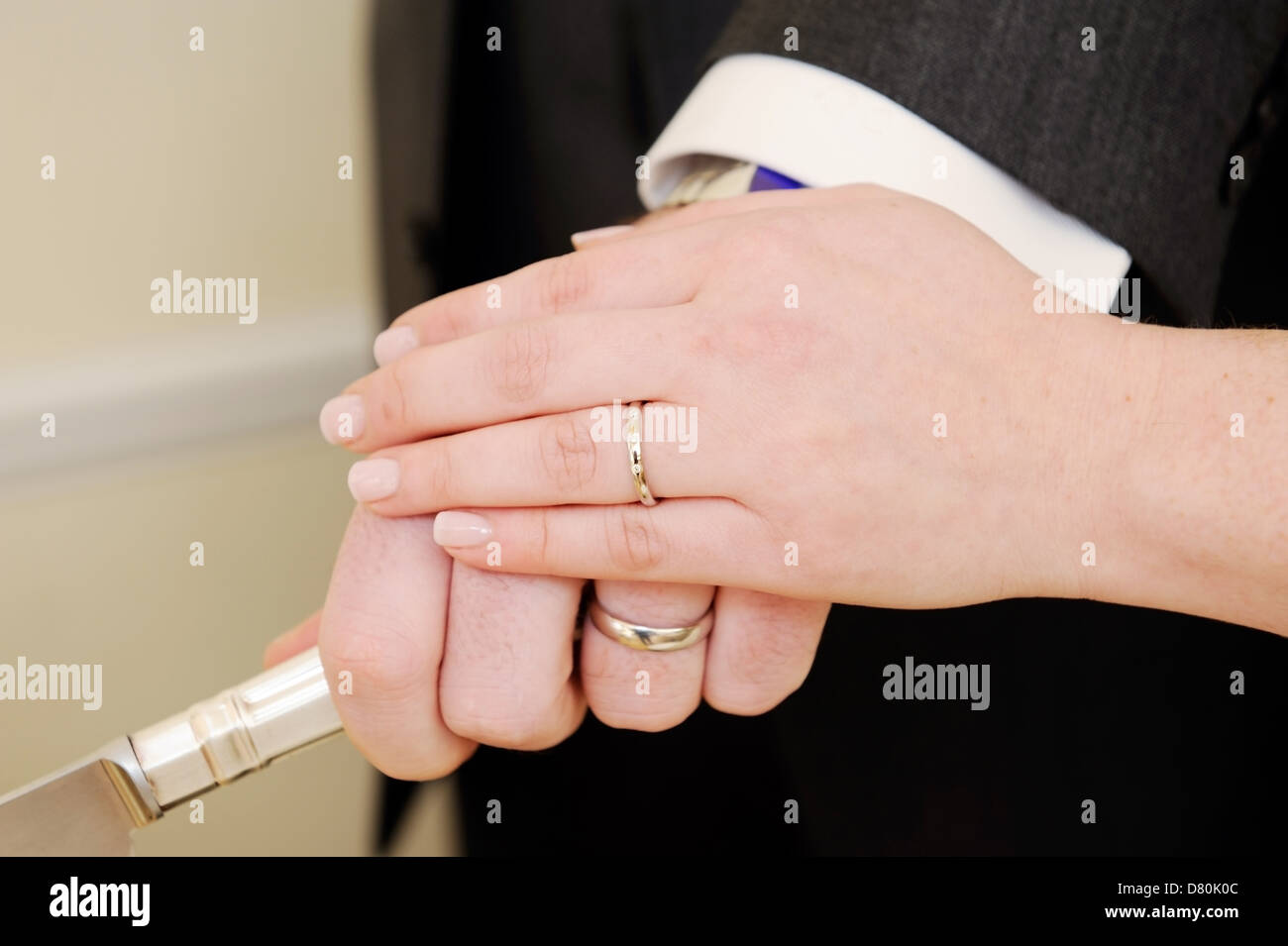 Showing Wedding Rings Stock Photos & Showing Wedding Rings Stock ...