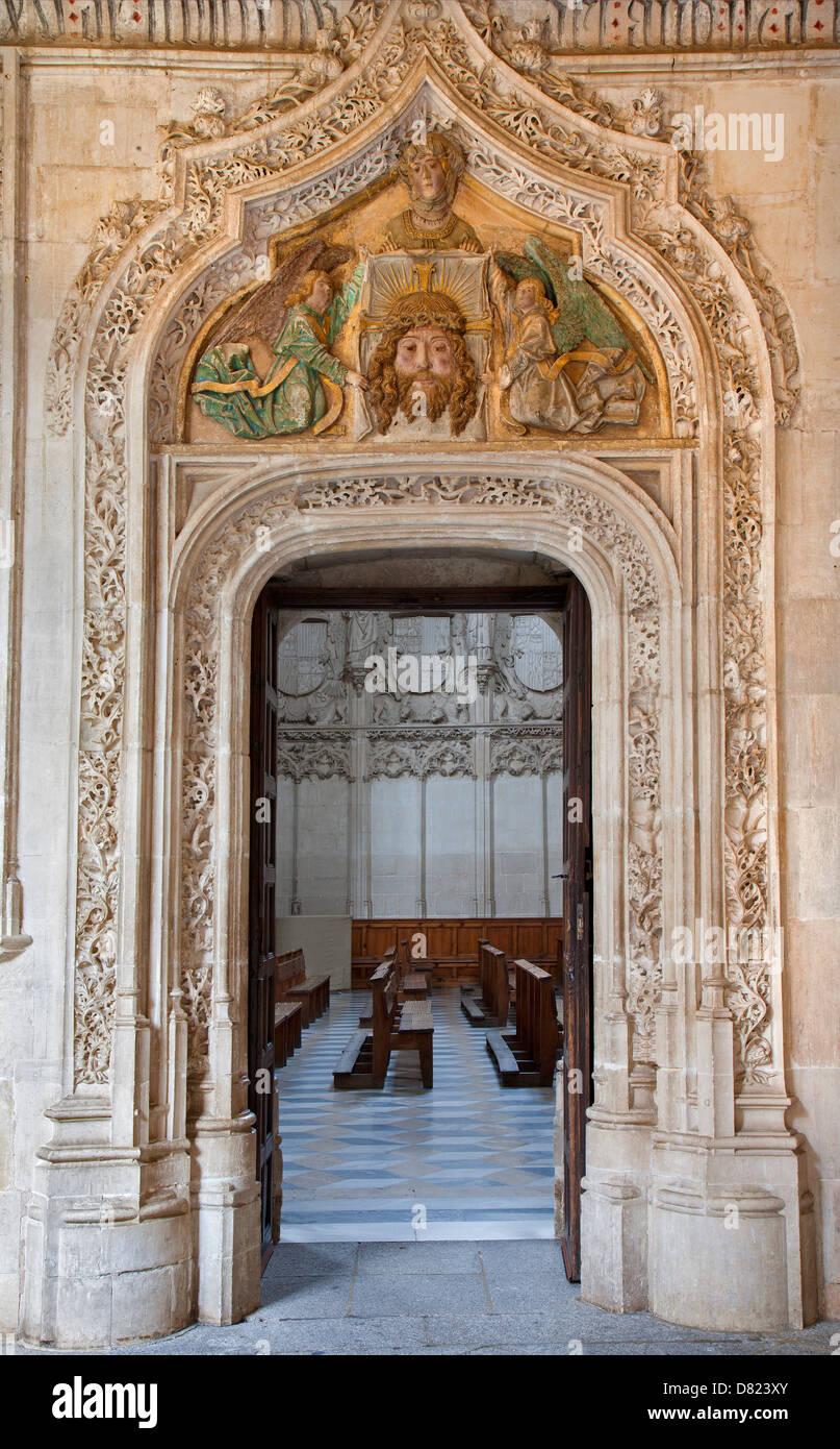 TOLEDO - MARCH 8: Look to Gothic atrium over the portal in Monasterio San Juan de los Reyes - Stock Image