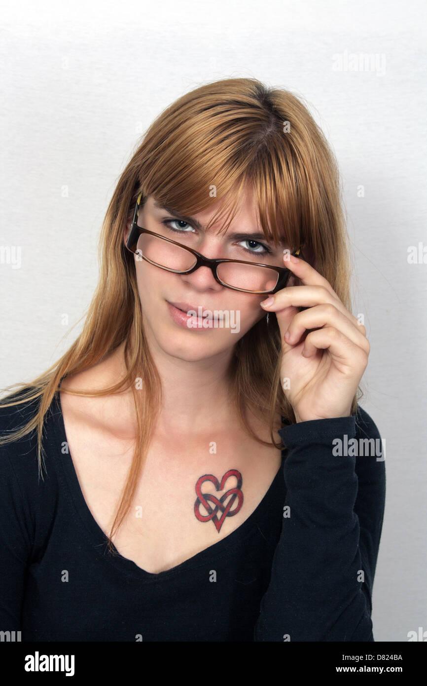 ebony anal dildo ride solo