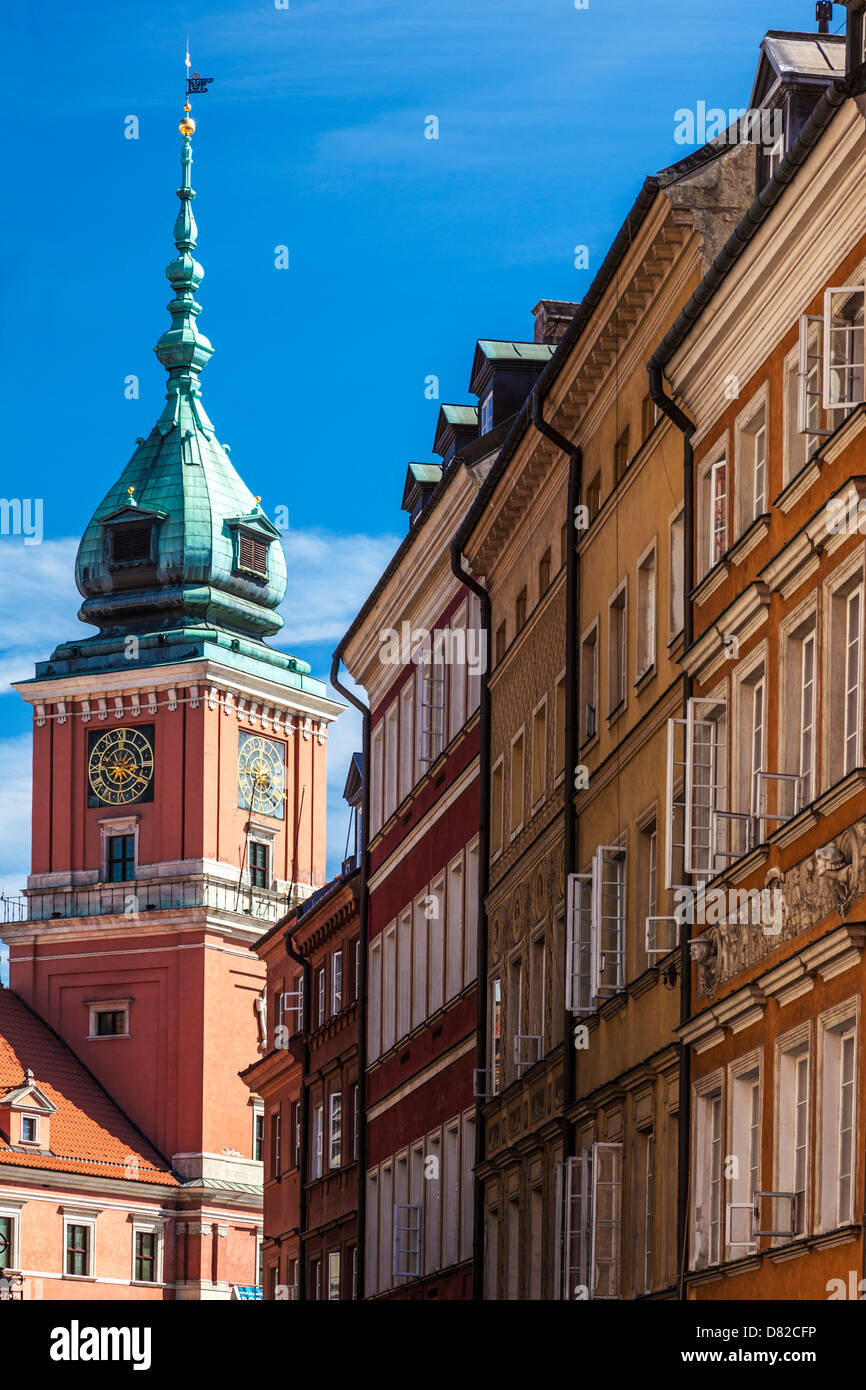 View from Ulica Świętojańska in the district of Stare Miasto (Old Town) in Warsaw, Poland to the Royal Castle, Zamek - Stock Image