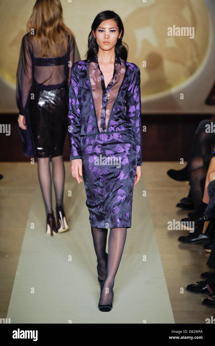 Model Milan Fashion Week Autumn/Winter 2012 - Genny - Catwalk Milan, Italy - 24.02.12 - Stock Image