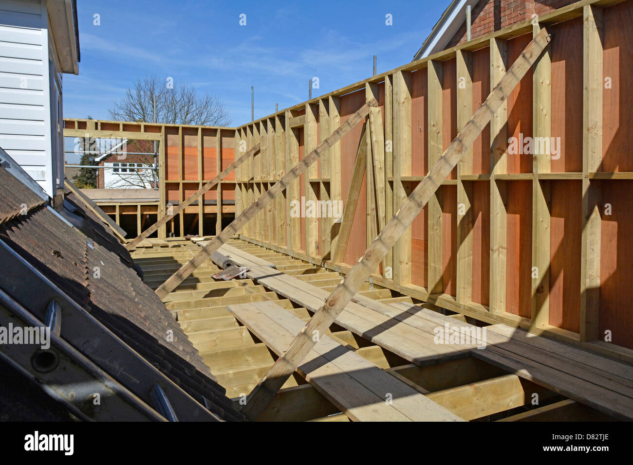 Detached house new bedroom extension first floor joist & timber ...