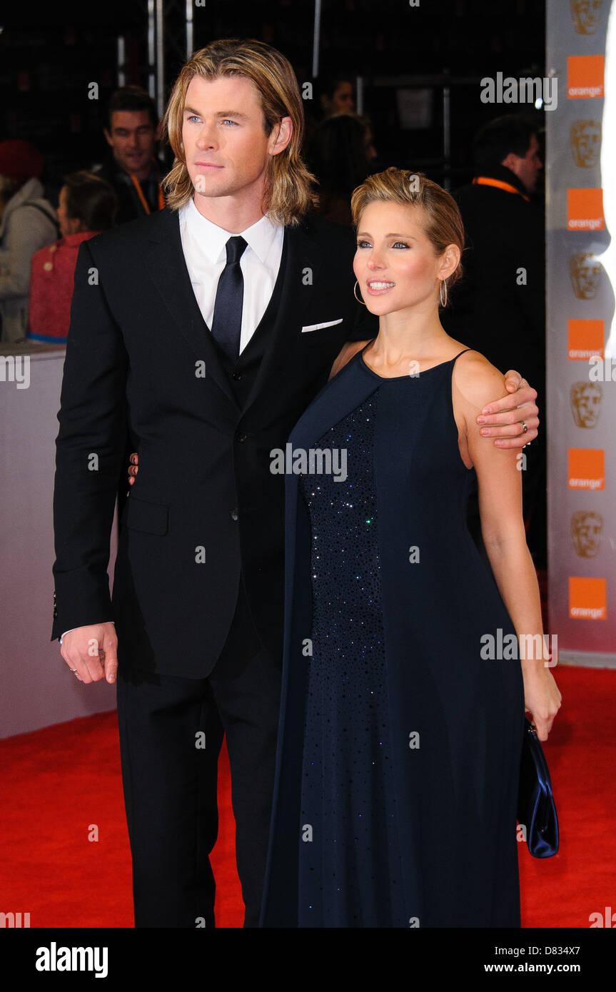 https www alamy com stock photo chirs hemsworth and elsa pataky orange british academy film awards 56618079 html