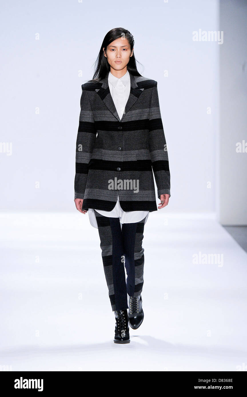 Chai richard fall runway pictures