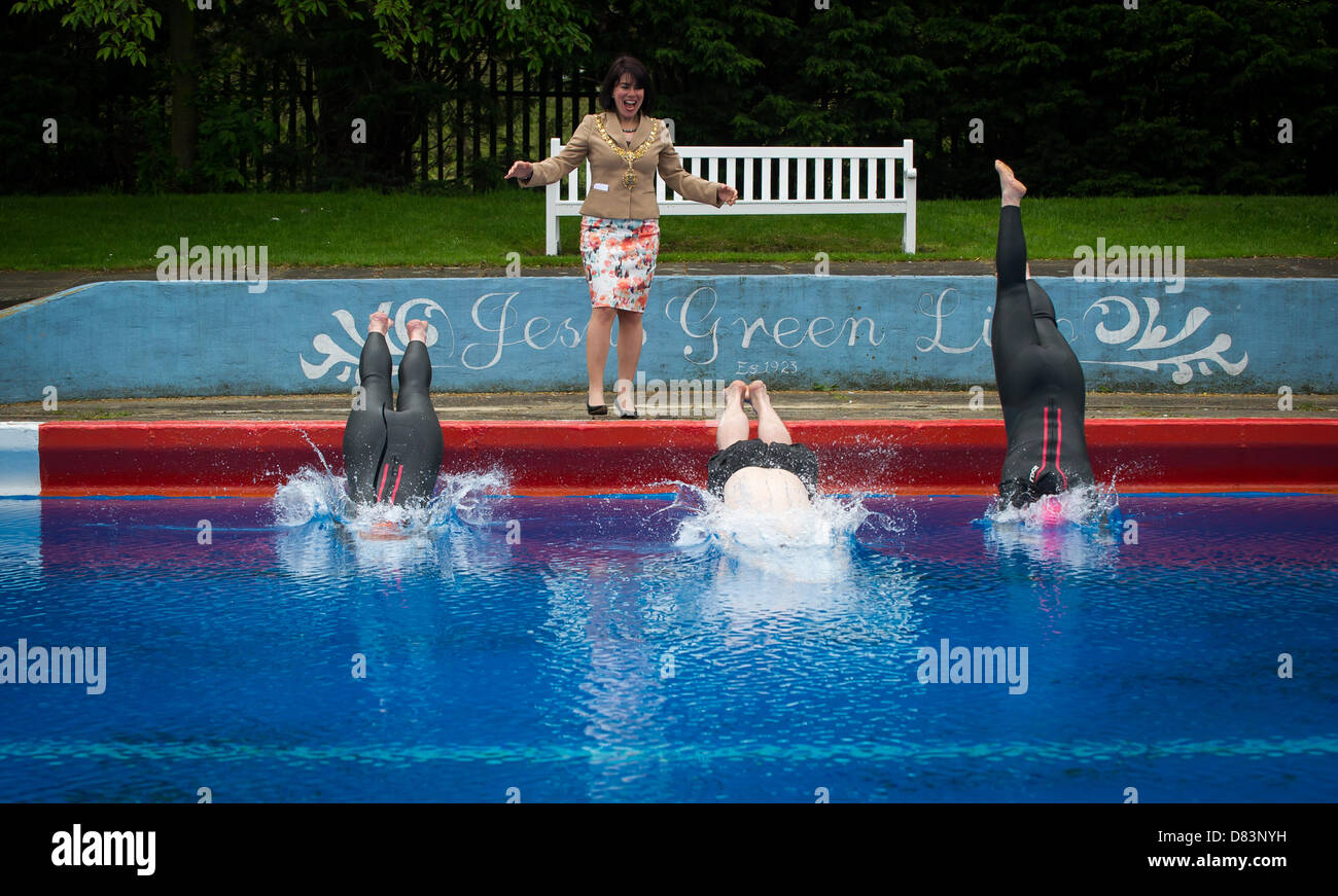 Sheila white stock photos sheila white stock images alamy for Jesus green swimming pool cambridge