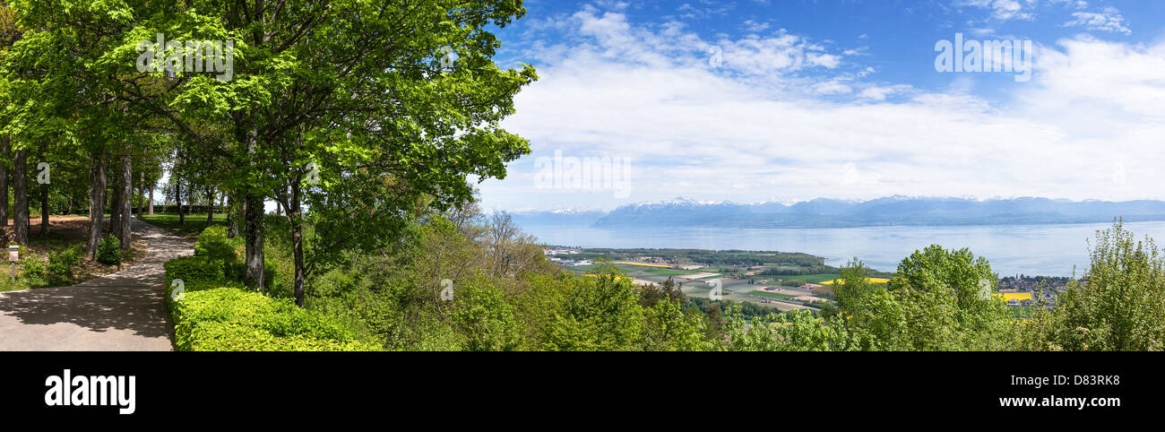 Panoramic view of the Leman Lake from Signal de Bougy park - Stock Image