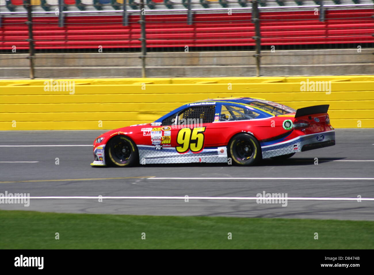 Charlotte, USA. 17th May, 2013. Michael McDowell passes the grandstand during final practice for the Sprint Showdown - Stock Image