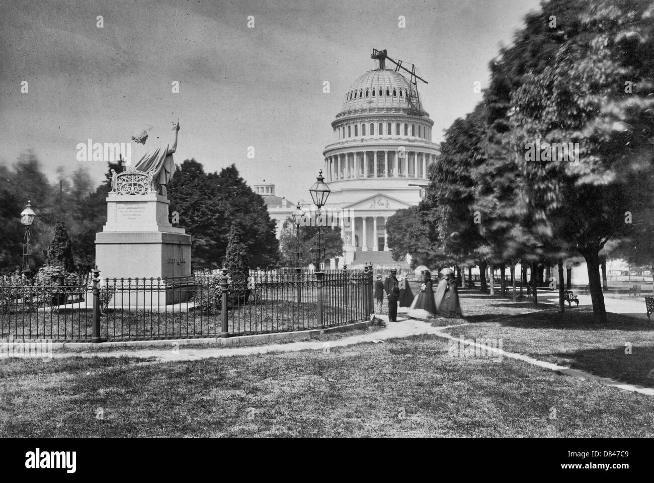 The USA Capitol Building with it's dome nearly completed, 1863 - Stock Image