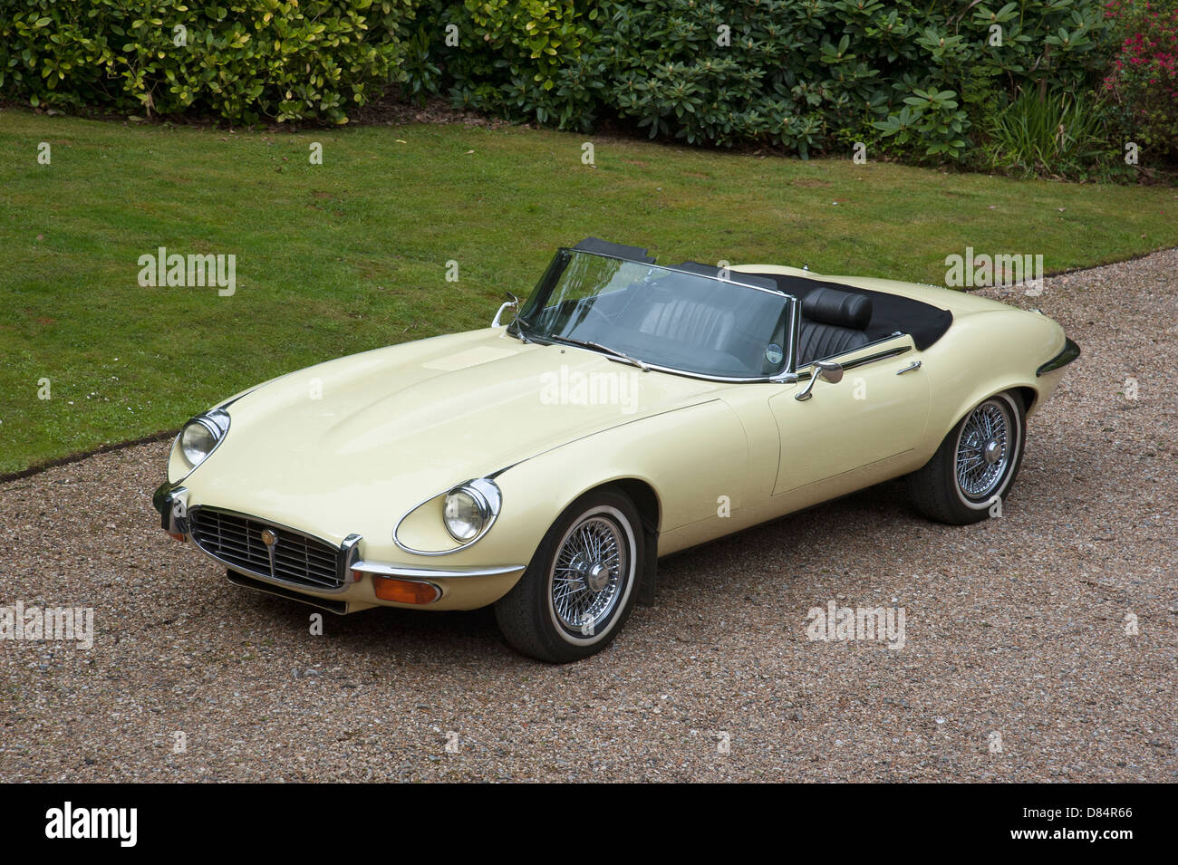 E Type Jaguar V12 Sports Car 1970u0027s Vintage Classic Cars