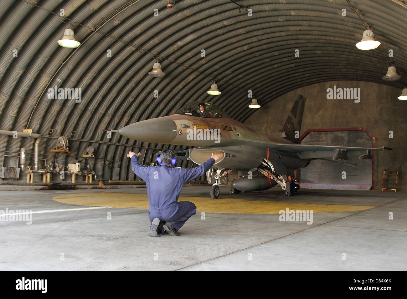 An F-16A Netz of the Israeli Air Force ready to depart its hardened shelter at Nevatim Air Force Base, Israel. - Stock Image
