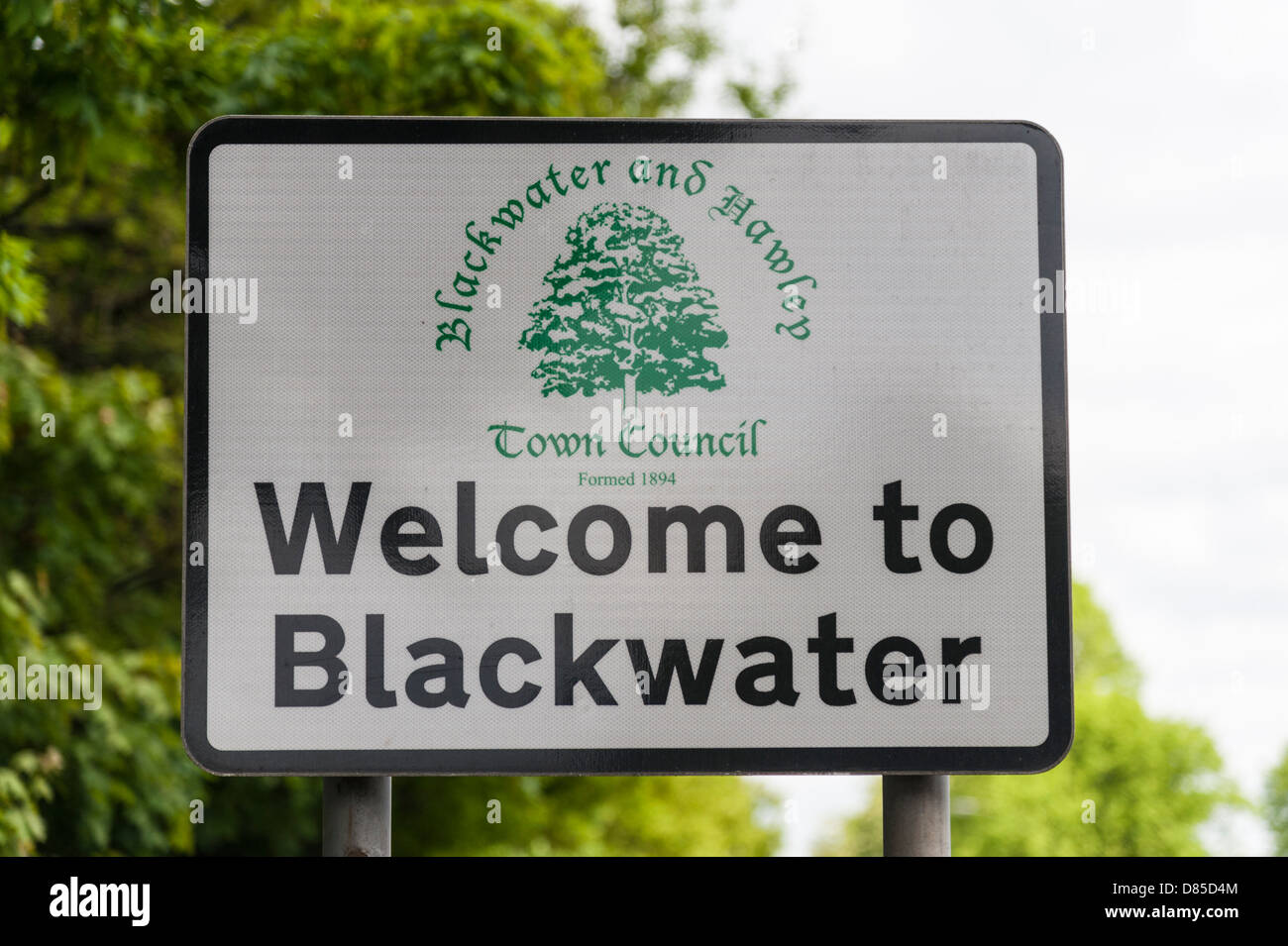 Welcome to Blackwater Berkshire UK town council sign - Stock Image