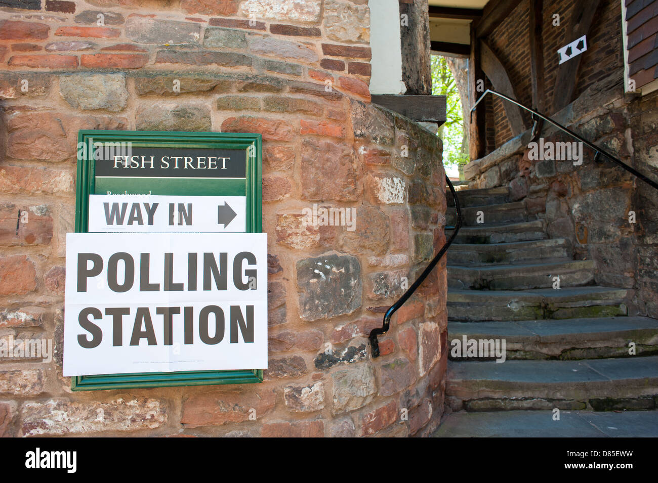 Directions to a polling station in Shrewsbury, Shropshire, England. - Stock Image
