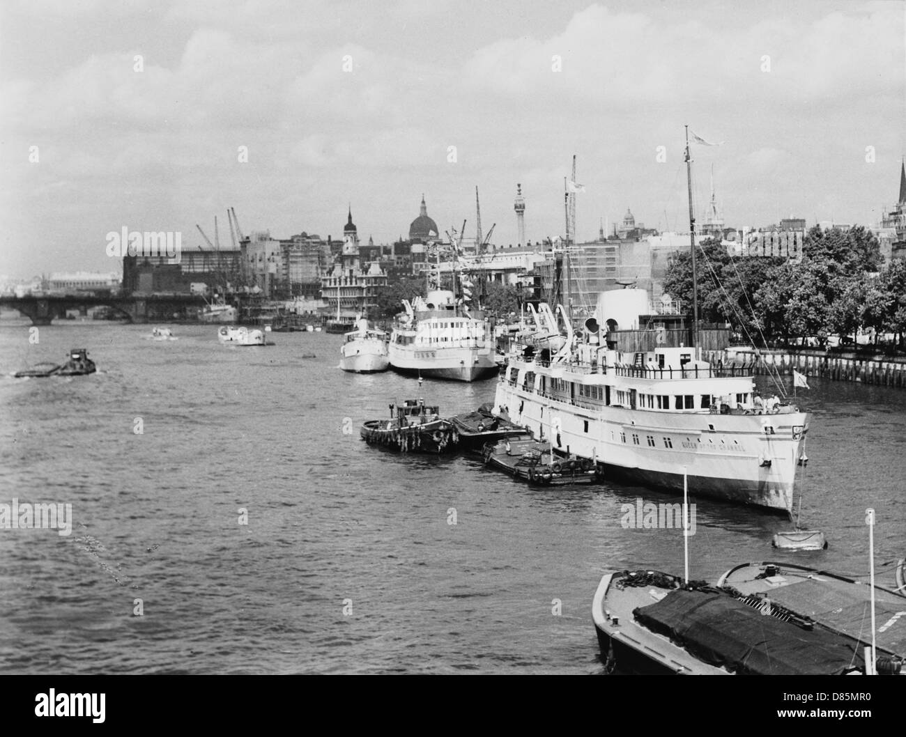 Thames From Tower Br. - Stock Image