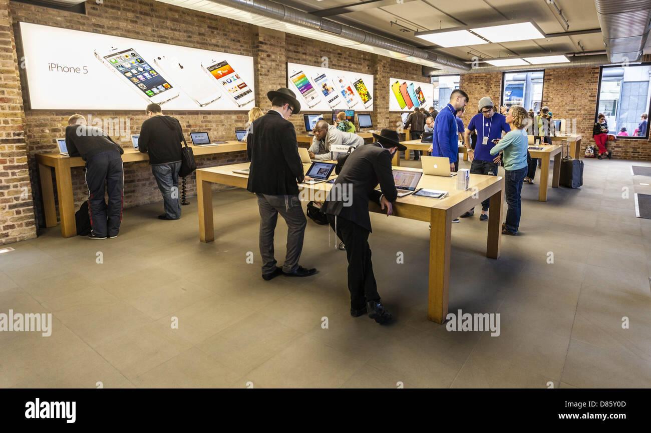 Apple store interior, Covent Garden, London, England, UK Stock Photo