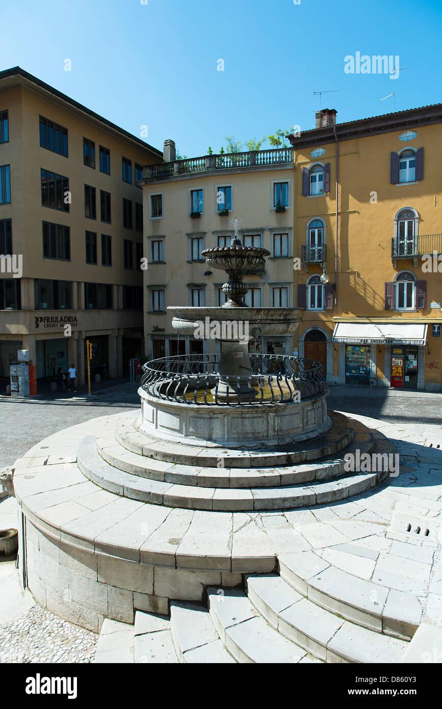 the fountain in Piazza Libertà - Stock Image